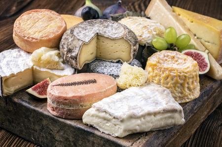 明日新しいチーズが入荷いたします