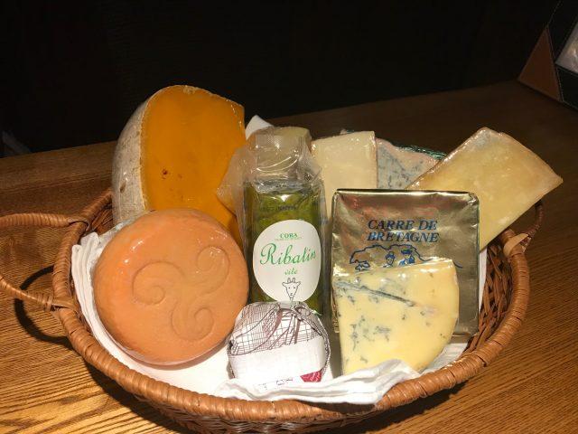 【今月のチーズ】今月は12種類入荷いたしました