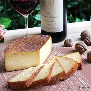 【今月のチーズ】メルル ルージュ MERLE ROUGE