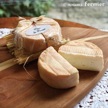 【今月のチーズ】ヴィニョロン マール ド ミュスカ VIGNERON MARC DE MUSCAT